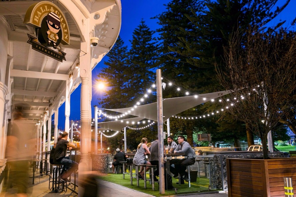 Esplanade Hotel Fremantle by Rydges - Ball and Chain venue for hire