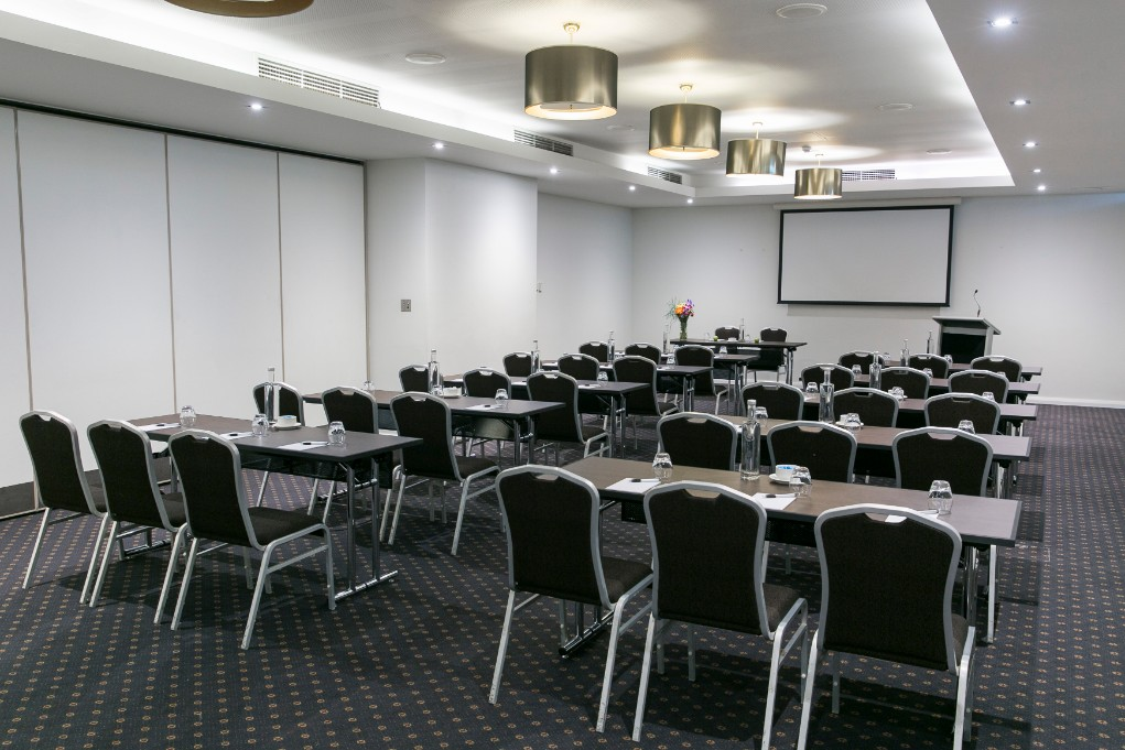 Esplanade Hotel Fremantle by Rydges Perth - Conference Meetings & Events Venue - King Sound Function Room - Classroom style setup